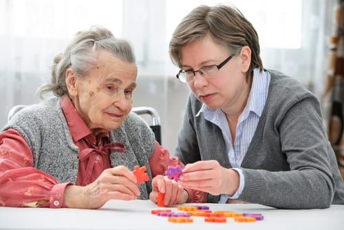 Tips for Visiting Dementia Care Residents in Assisted Living Facilities