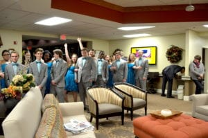 Glenoak Choral Singers performing at The Inn